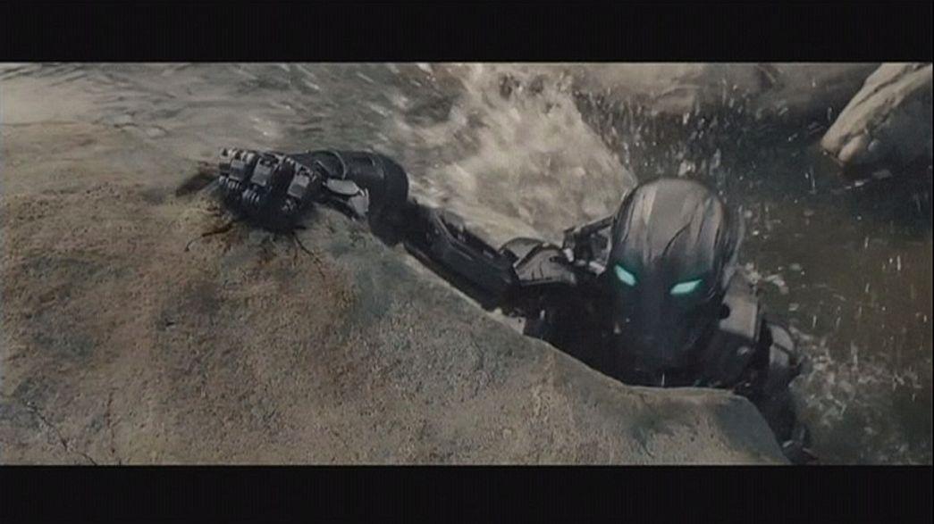 """Los héroes más poderosos del mundo tienen una nueva misión en """"Vengadores: la era de Ultrón"""""""