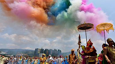Colourful celebrations mark Dai water-splashing festival in China