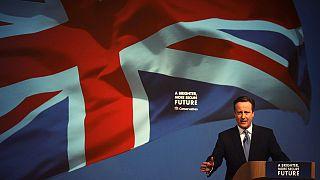 Politiche UK: Cameron presenta il suo manifesto