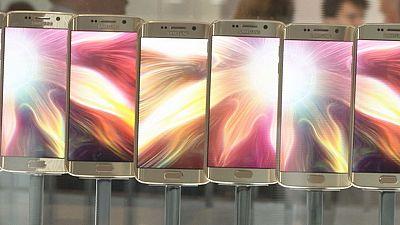 Smartphone: nella guerra tra Samsung e Htc favorita... Motorola