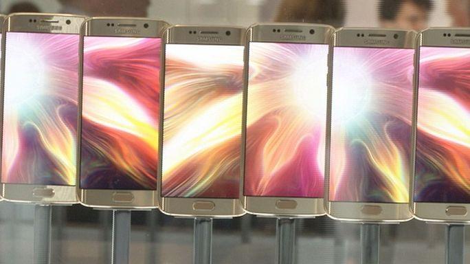 Okostelefon-háború: a Samsung és a HTC viadala