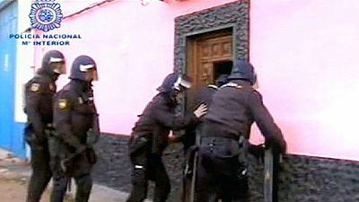 اعتقال 6 أشخاص في إسبانيا في قضية شبكة دعارة وبيع المخدرات