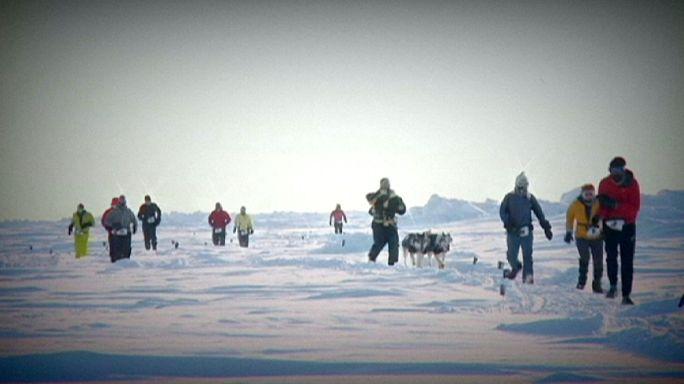 فوز تشيكي وأسترالية بماراثون القطب الشمالي 2015
