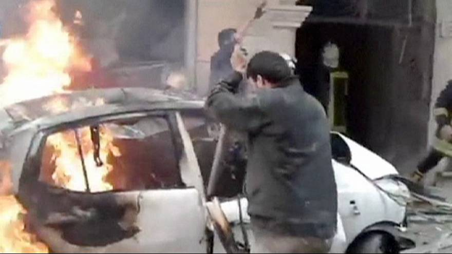 قوات المعارضة تنسف مبنى المخابرات الجوية في حلب في شمال سوريا