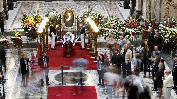 Urugay : funérailles de l'écrivain Eduardo Galeano