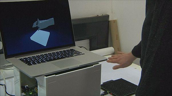 """Tecnologia """"touchless"""": la realtà virtuale che viene verso di te"""