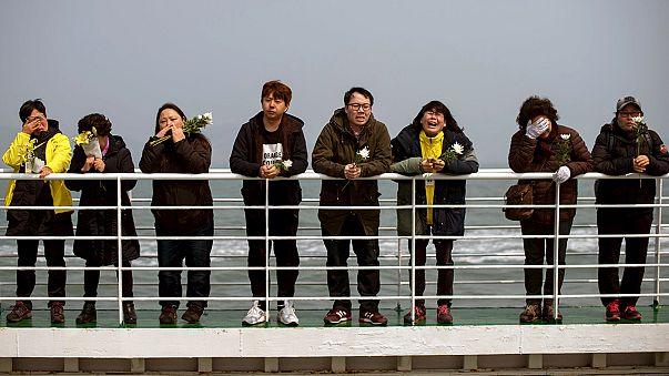 Un an après le naufrage du Sewol, les cérémonies du souvenir