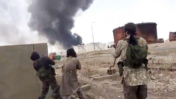 IŞİD Irak'ın Ramadi kentine saldırılarını yoğunlaştırdı