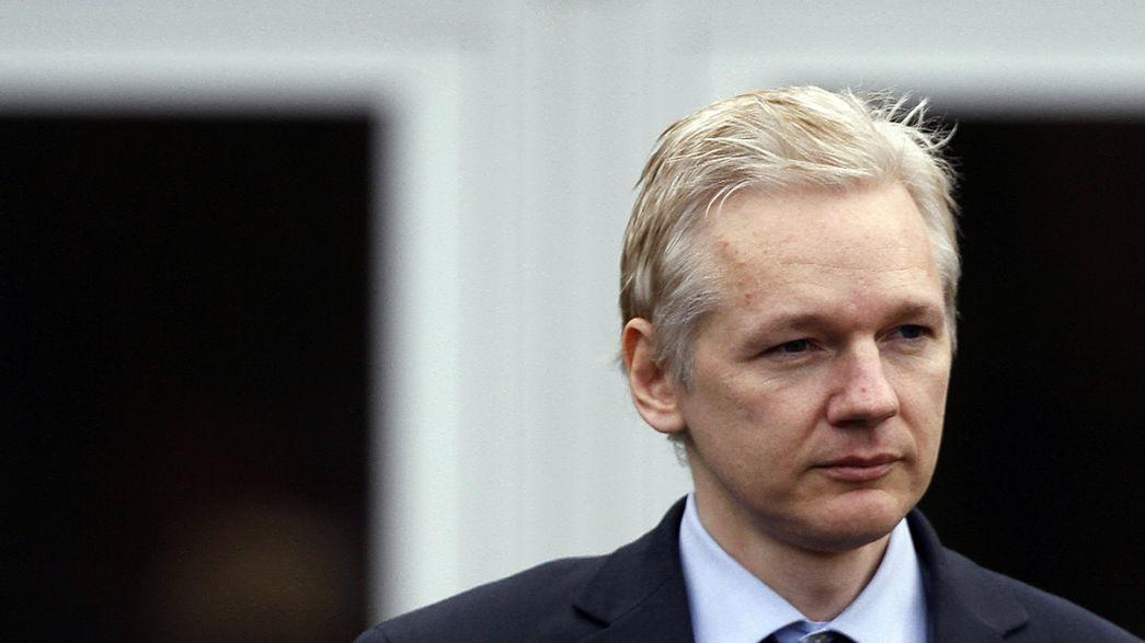 Assange sarà interrogato da giudici svedesi nell'ambasciata Ecuador a Londra