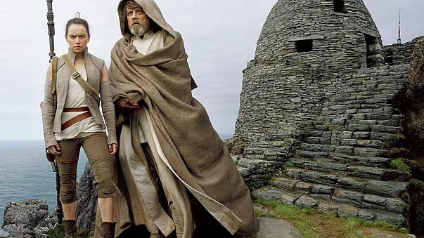 """Image: Daisy Ridley and Mark Hamill in """"The Last Jedi."""""""