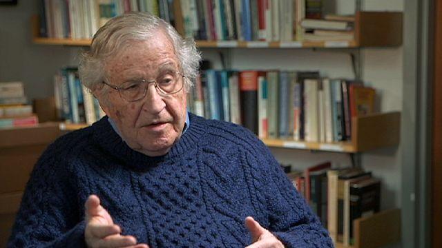 """Chomsky: """"ABD haydut devlet, Avrupa aşırı ırkçı"""""""