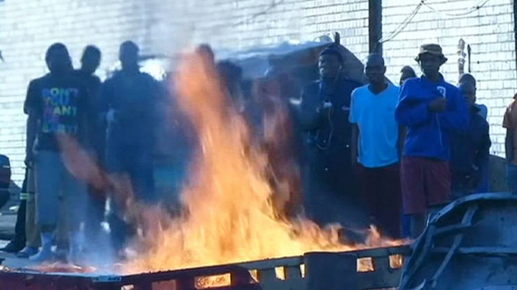 Sudáfrica trata de controlar una ola de ataques racistas