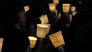 {Watch} Attempt at world's largest candlelit vigil in S Korea