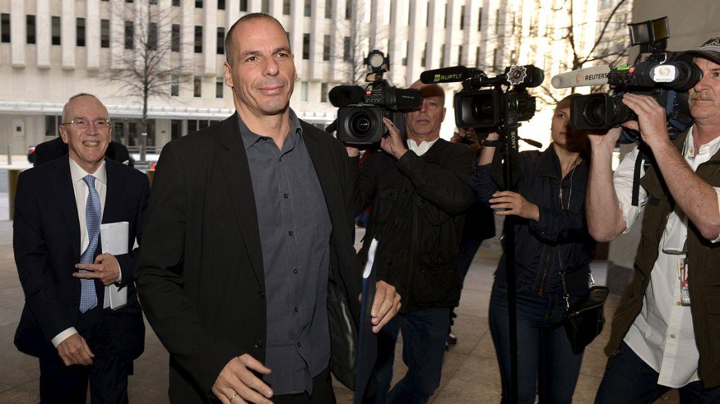 """Varoufakis: Grécia """"não joga"""" com a saída do Euro"""