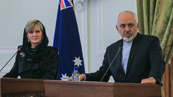 ظریف خواستار همکاری با استرالیا برای بهبود وضعیت پناهجویان ایرانی شد