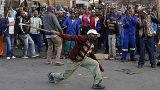 Nach fremdenfeindlichen Angriffen: Ausländer wollen Südafrika verlassen