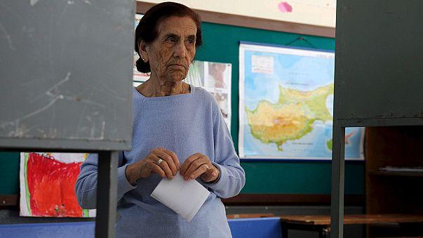 Турки-киприоты выбирают своего лидера