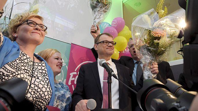 На парламентских выборах в Финляндии победу одерживает оппозиция