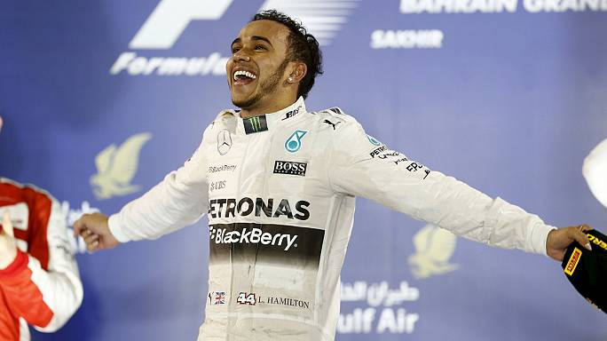 Hamilton cruises to victory in Bahrain