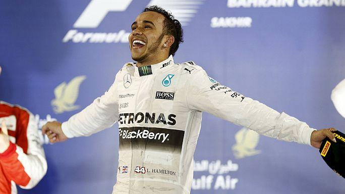 Скорость: Хэмилтон побеждает в Бахрейне, а Росси - в Аргентине