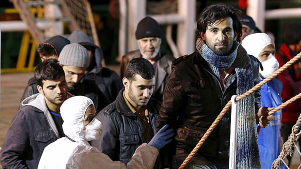 На затонувшем в Средиземном море корабле могли находиться свыше 900 человек