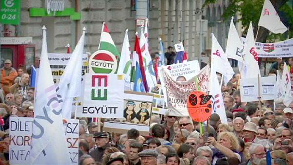 Macaristan'da binler hükümet düzeyindeki yolsuzluğa karşı sokakta