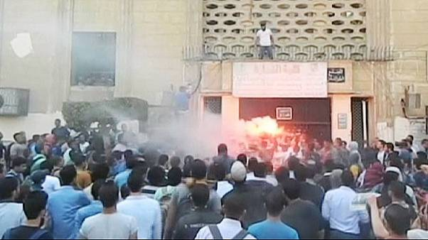 Protest in Egypt : Students clash with security