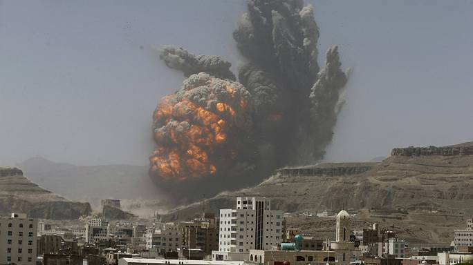 24 hours in Yemen: Houthi leader speaks, air strikes and appeals for aid