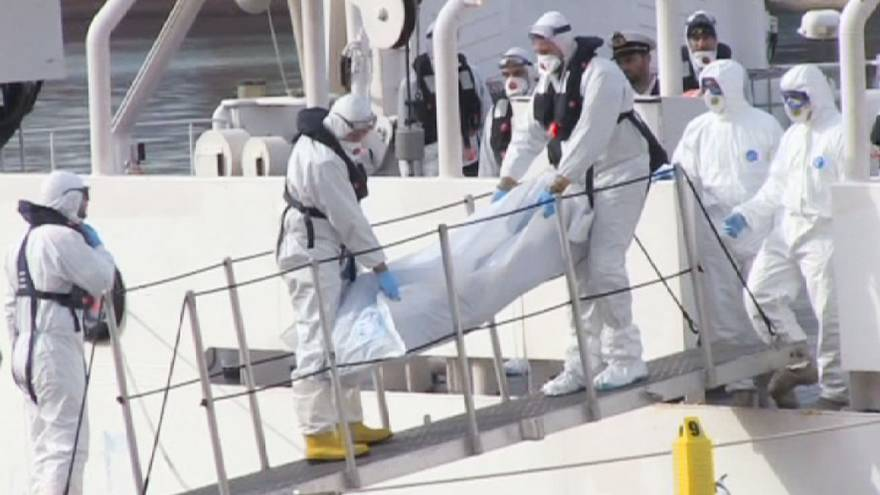 Corpos de 24 imigrantes chegam a Malta