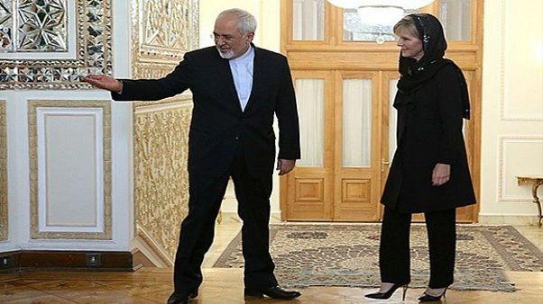 چالش بر سر روسری وزیر خارجه استرالیا در ایران