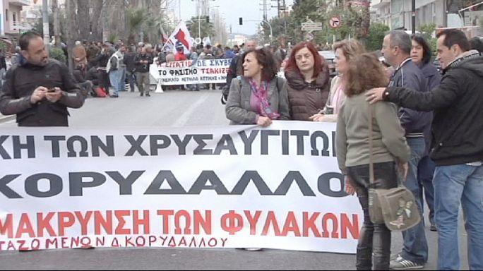 Elnapolták az Arany Hajnal perét Athénban