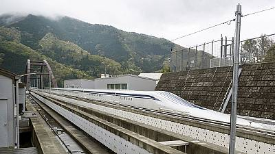 Recordbreaker! Japan bullet train goes like a … well it's fast!