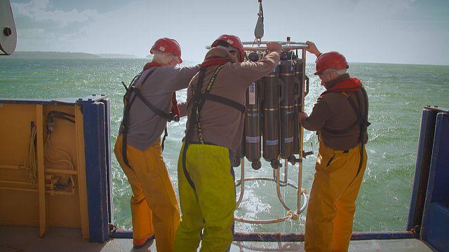 Из глубин космоса - в глубины океана