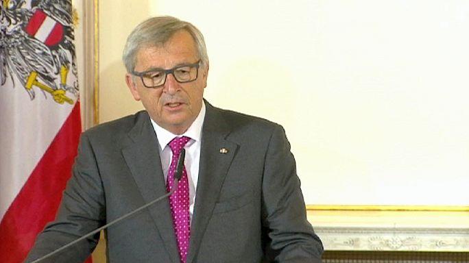 Juncker szenved a vesekőtől, de el tudja látni hivatalát