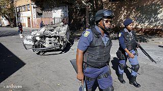 دولت آفریقای جنوبی مجوز دخالت ارتش برای کنترل خشونت ها را صادر کرد