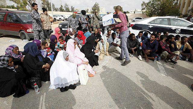 Migrants : l'UE pourrait doubler les moyens de l'opération ''Triton''