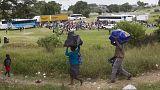 Иммигранты бегут из ЮАР, спасаясь от нападений