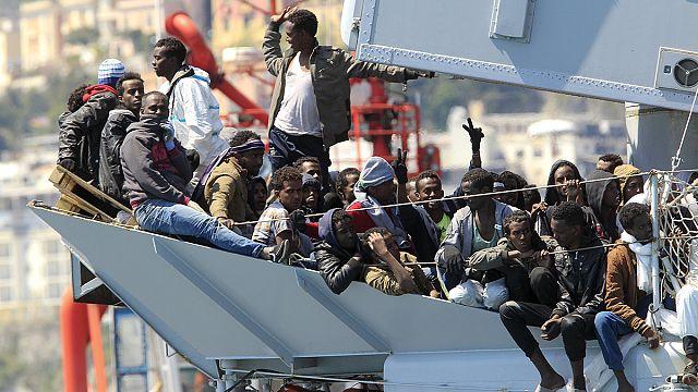 البحرية الايطالية تنقذ 545 مهاجرا...و العفو الدولية تحذر من خطورة الوضع