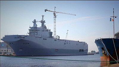 Hollande pondera devolver valor pago pela Rússia pelos Mistral