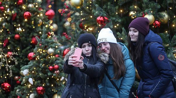 Image: Christmas tree selfie