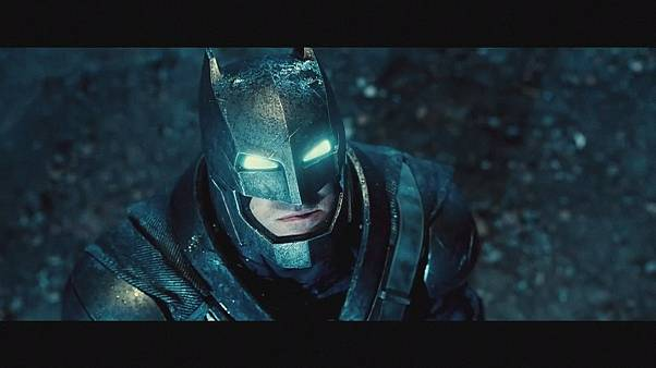 باتمان و سوبرمان سيجتمان في فيلم تشويق جديد