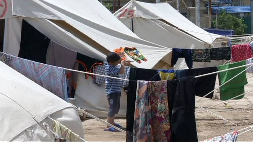 العراق: وفد أممي يزور مخيماً في بغداد للنازحين من الرمادي