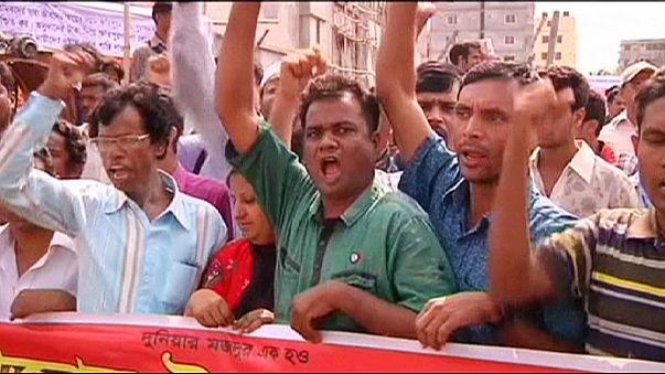 """بنغلاديش: احتجاجات في الذكرى الثانية لكارثة انهيار مجمع """"رانا بلازا"""""""