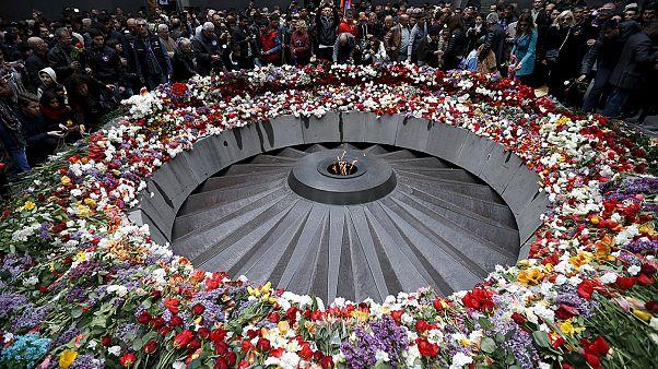 Αρμενία: Ολάντ και Πούτιν στις εκδηλώσεις για τη γενοκτονία των Αρμενίων