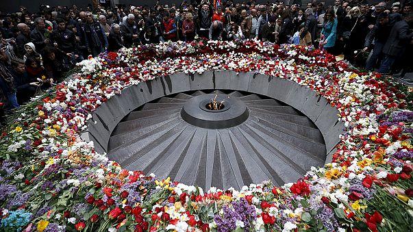 """Massaker-Gedenken: Armenien fordert """"Nie wieder"""""""