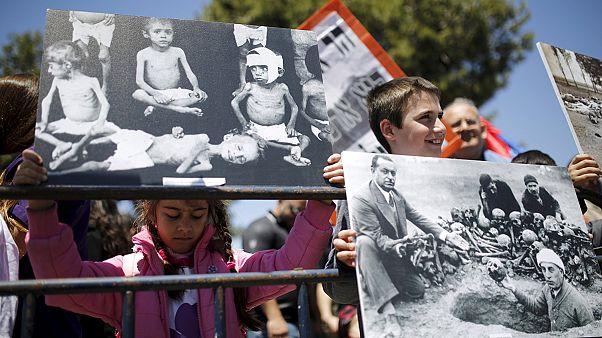 """فریاد اعتراض نسبت به عدم شناسایی """"نسل کشی ارامنه"""" در خیابانهای تهران و بیروت"""
