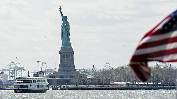 Statue of Liberty 'all-clear' after false bomb alert