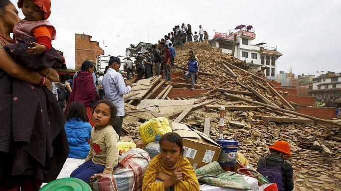 Nepal : séisme de magnitude 7,9, plusieurs centaines de morts