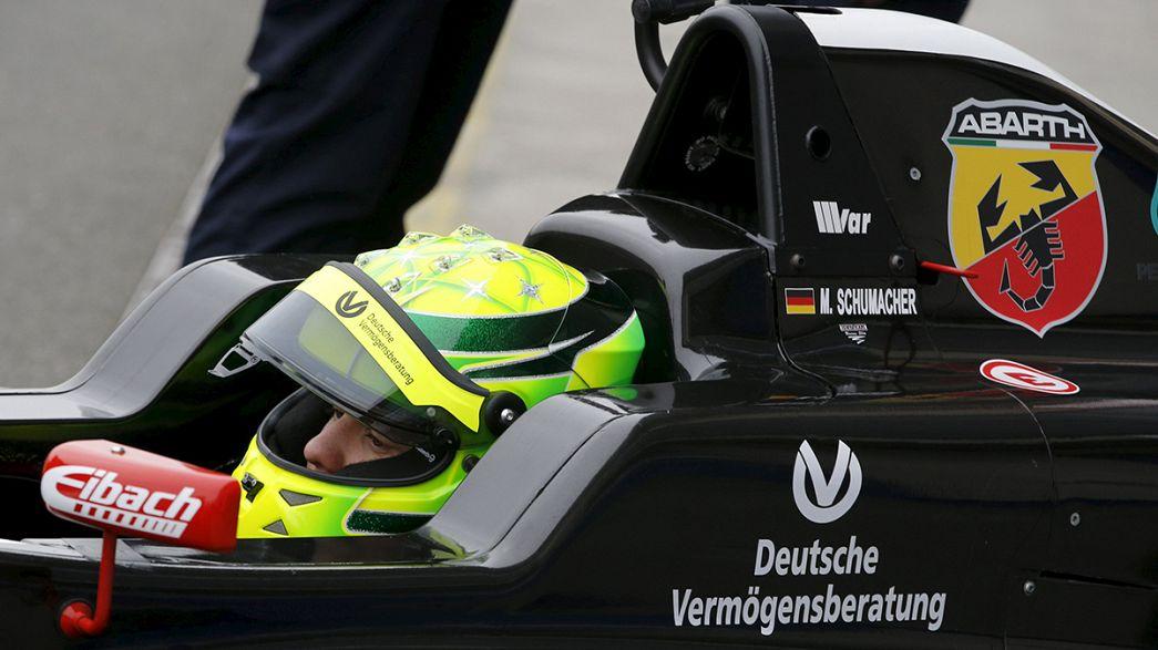 Michael Schumacher'in oğlu Formula 4'te sahneye çıktı