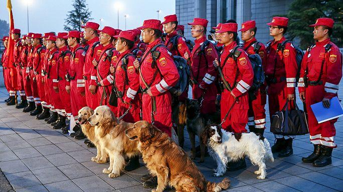 المجتمع الدولي يتجند لنجدة النيبال